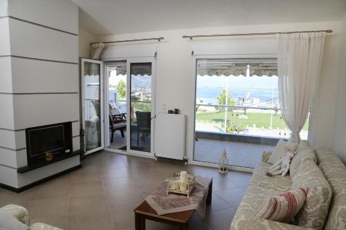 Konstantinos Luxury Apartment