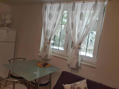 Oasis Studio Apartment