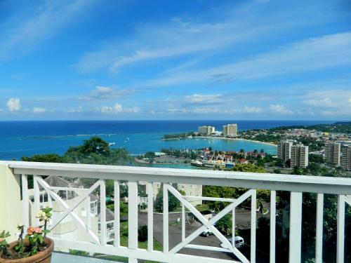 Amazing View, Ocho Rios