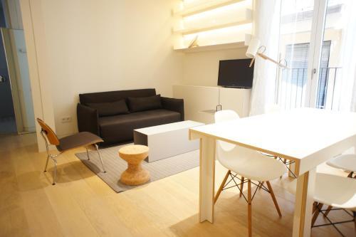 Born Apartments Barcelona
