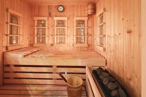 Двойна делукс стая със собствена сауна (Deluxe Double Room with Private Sauna)