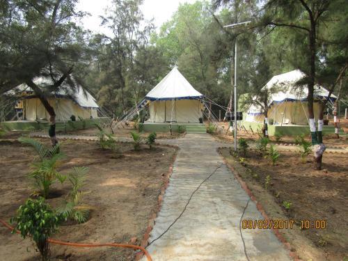Nature Camp Nuanai