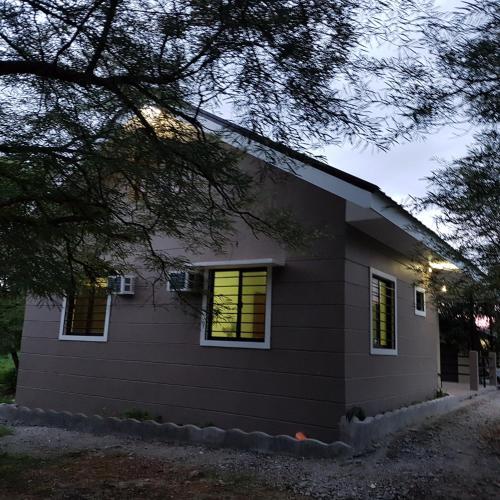 Magalang Farm & Country Home