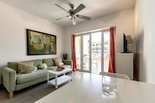 Cozy apartment near Playa Fanabe