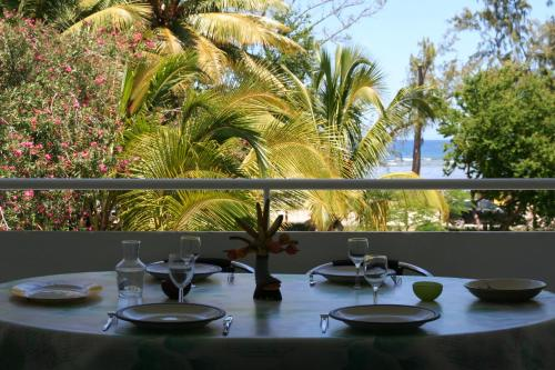 Appartement du lagon, Filaos