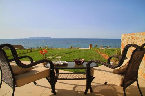 Sea View Beachfront Villa Maria