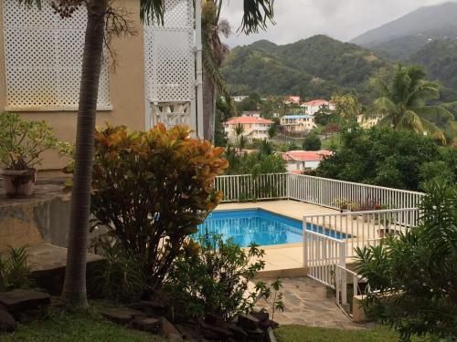 Emerald Villa, Roseau