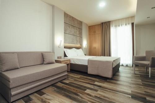 Psili Ammos Luxury Rooms