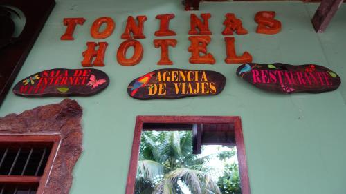 Toninas Hotel