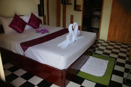 Succo gene palace boutique hotel phnom penh for Boutique hotel genes