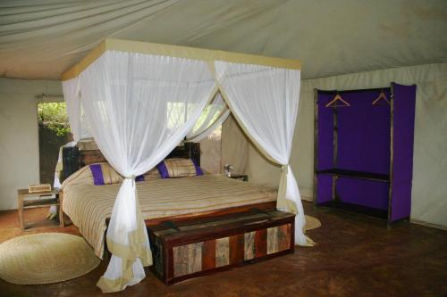 GilalaHai360 Tented Safari Lodge