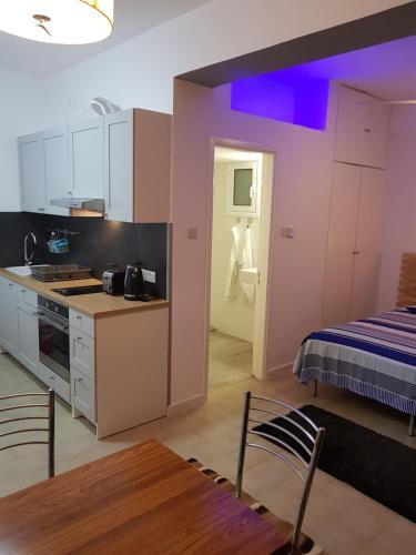 Mylos Court Apartments