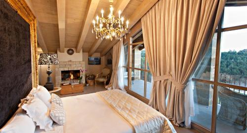 Suite La Vella Farga Hotel 8