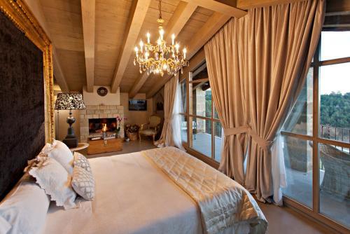 Suite La Vella Farga Hotel 7