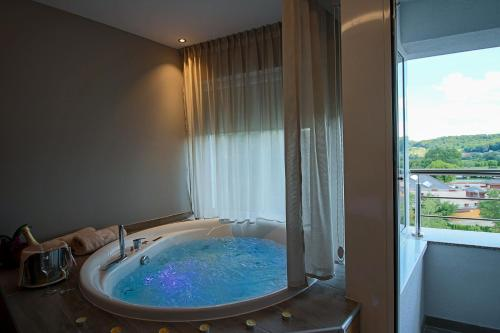 Special Offer - Double Room with Spa Bath and Balcony- Relax Package