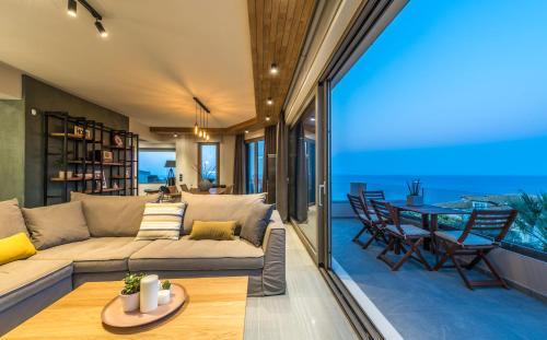 Pasithea Elegant Villa