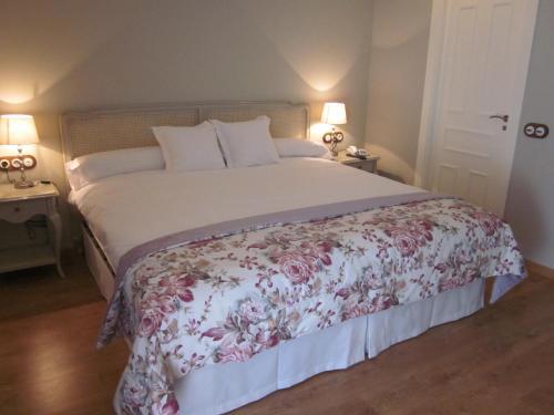 Habitación Doble Deluxe - 1 o 2 camas - Uso individual Hotel Villa Monter 1