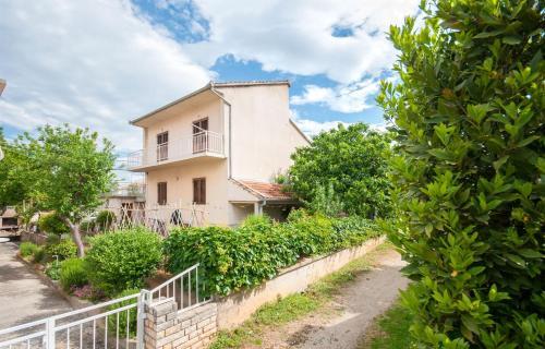 Apartment Slavko