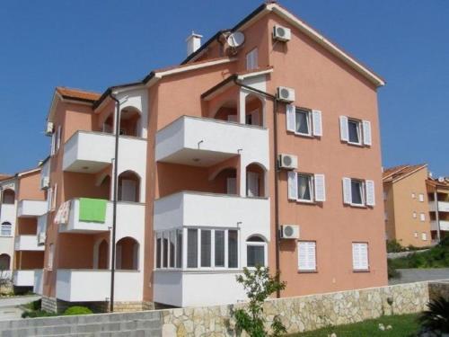 Apartments Daniel