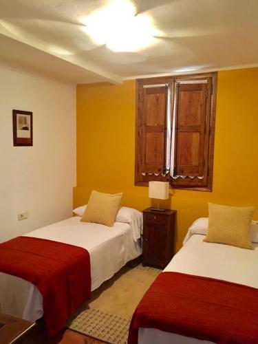 Quadruple Room with Shared Bathroom - single occupancy Mas de Baix 3