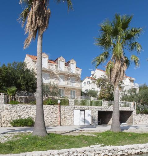 Apartments and Rooms Jadranko