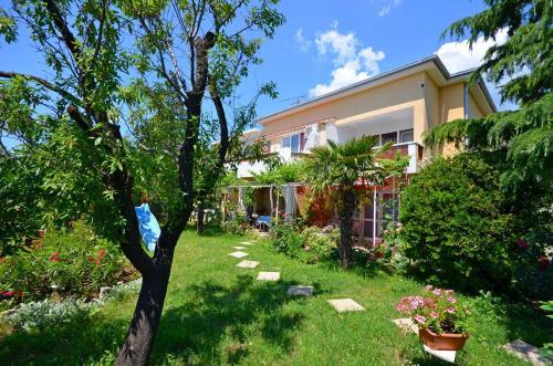 Apartments Jadrana