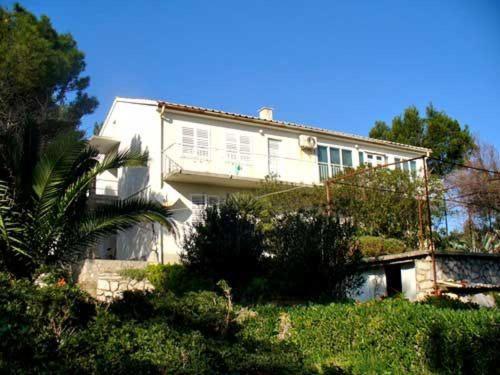 Apartment Ljiljana