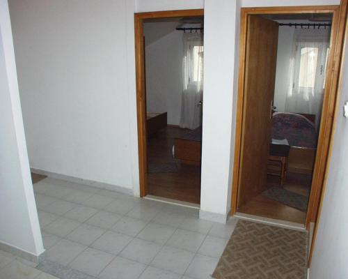 Apartment Zuljana 252a