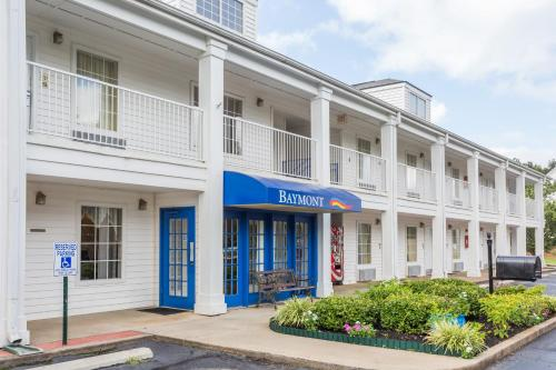 Baymont Inn And Suites - Greenwood