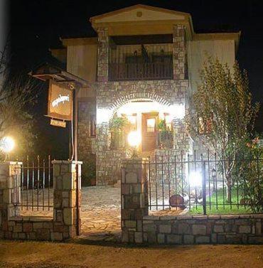 Akrolimnia, Kalývia