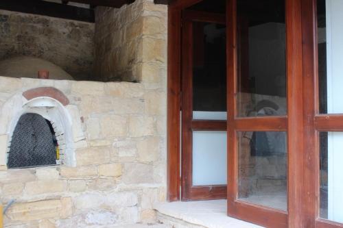 Arsos - Agios Axistratios Village Homes
