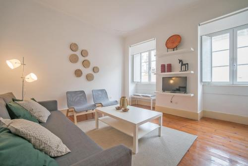 ShortStayFlat - Chiado Spacious & Trendy
