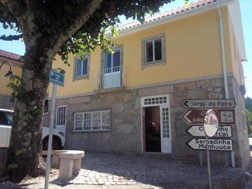 Casa das Carvalhinhas