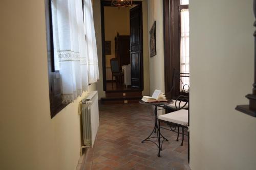 Junior Suite with Alhambra Views Palacio de Mariana Pineda 5