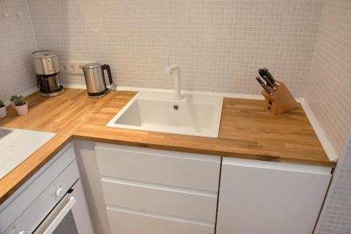 Modern Design Apartment photo 9