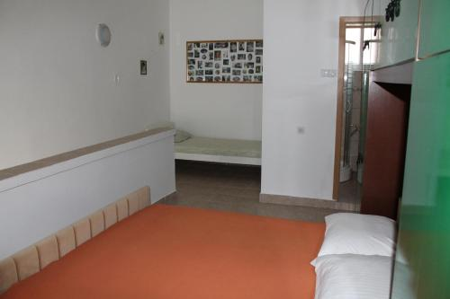 Apartement - Aiavaatega (Apartment with Garden View)