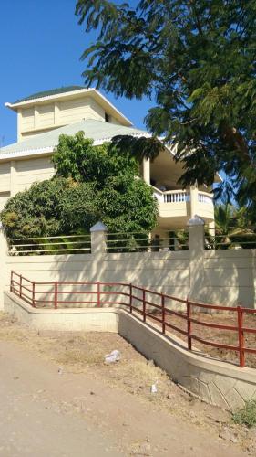 Siv Palace