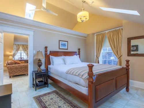HotelChipman Hill Suites - Pratt House