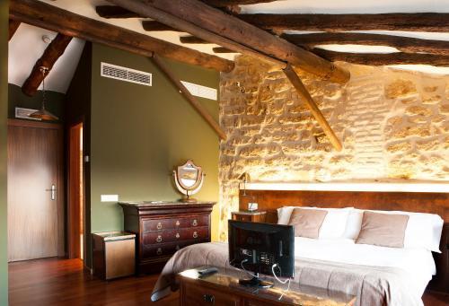 Suite Hotel del Sitjar 1