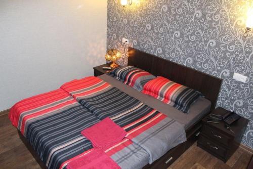 Apartment on Nurken Abdirov Avenue, 卡拉甘达