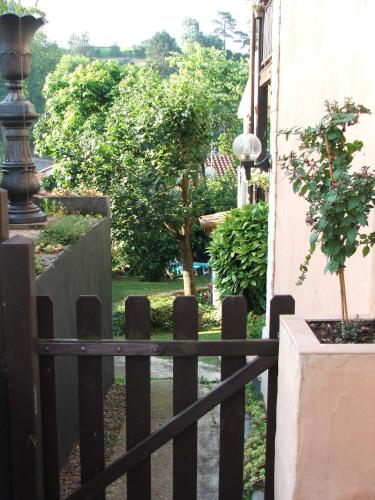 La suite du pacha location saisonni re 9 all e a ce for Beau jardin apartments st louis