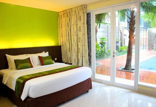 Bali De Anyer Hotel & Restaurant