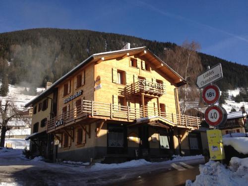 Hôtel du Gd-St-Bernard