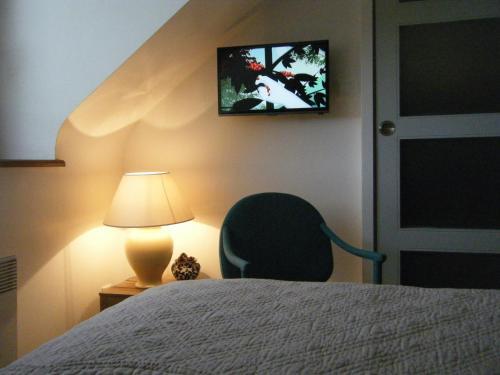 Les chambres du manoir de kerhel locoal mendon brittany for Les chambres du manoir