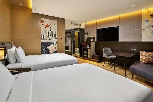 Swiss King Room Plus with Harbour View