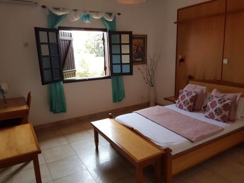 Flash Hotel, Libreville