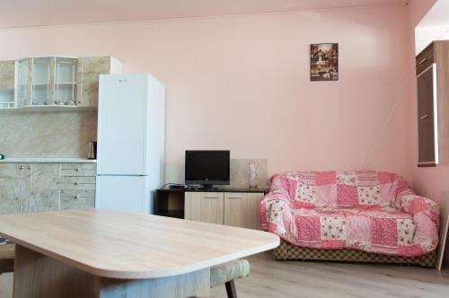 Rosi Apartment, Warna