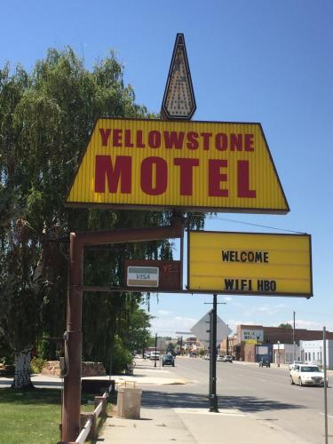Yellowstone Motel