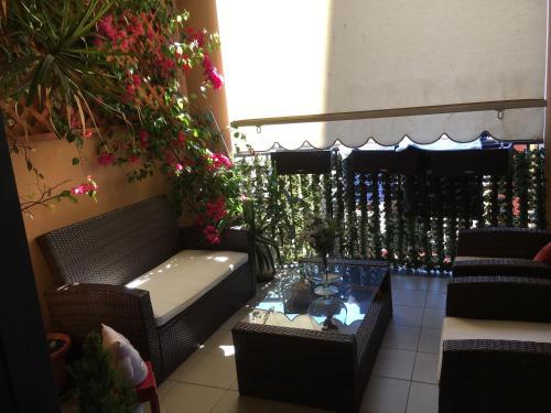 Flowers Apartment