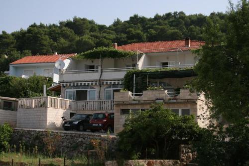 Apartment Jelsa 2059a